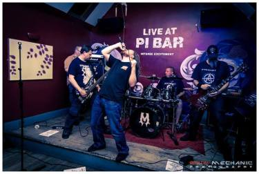 Live at Pi Bar 9